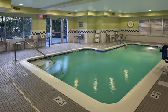 Waterford, CT: Indoor Pool