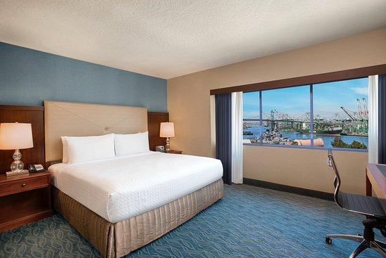 Crowne Plaza Los Angeles Harbor Hotel: Guest Room