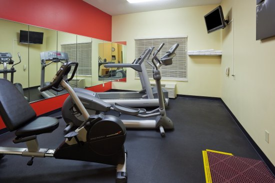 CountryInn&Suites Watertown FitnessRoom
