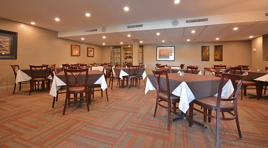 Pembroke, Canada: Westwinds Restaurant dining area