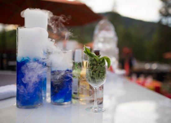 Олимпик-Вэллей, Калифорния: RSC_Banquet_Cocktails_Blue_Smoke
