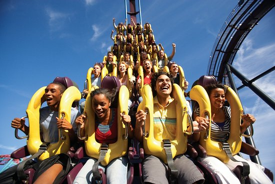 East Windsor, Nueva Jersey: Visit www.SixFlagsPackages.com for our Stay & Play Packages!
