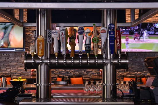 La Mirada, Califórnia: Bar and Lounge