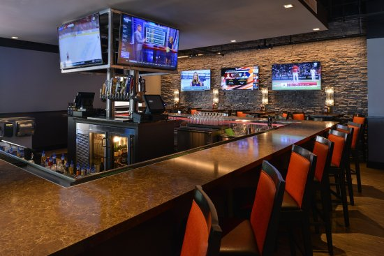 La Mirada, Kalifornien: Bar and Lounge