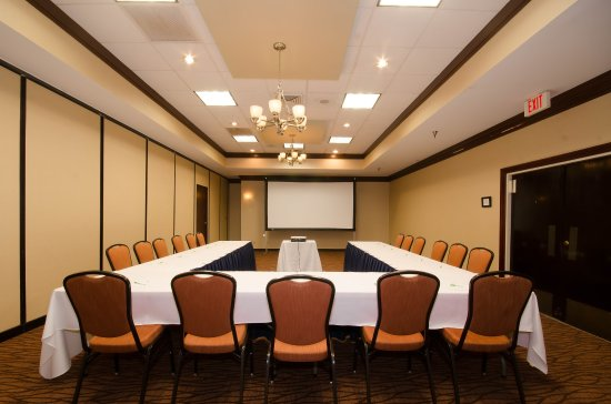 Mansfield, OH: Horse Shoe Board Room Style Seating