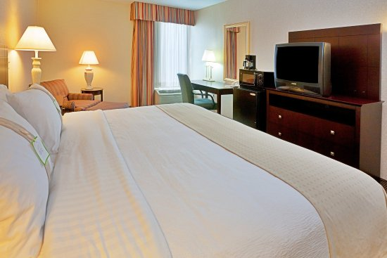 Hopkinsville, KY: King Bed Guest Room
