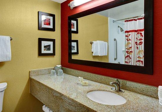 Decatur, GA: Guest Bathroom Vanity