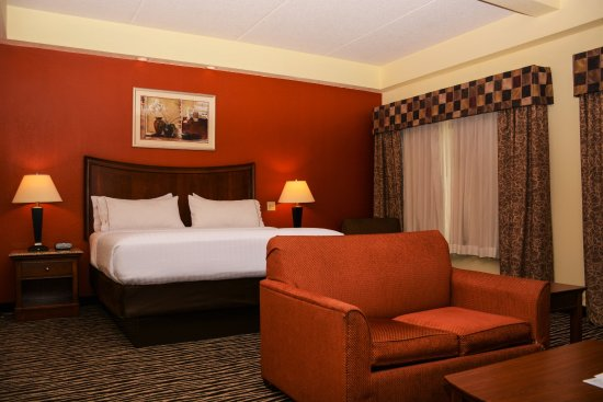 Holiday Inn Express Fayetteville - Ft. Bragg: Suites -  We have several different suite style options!