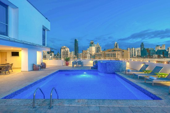 Tryp by Wyndham Panama Centro: Roof Top Pool