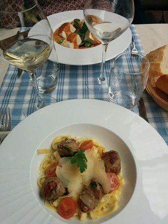 Restaurant Lille Centre Cour Des Vignes