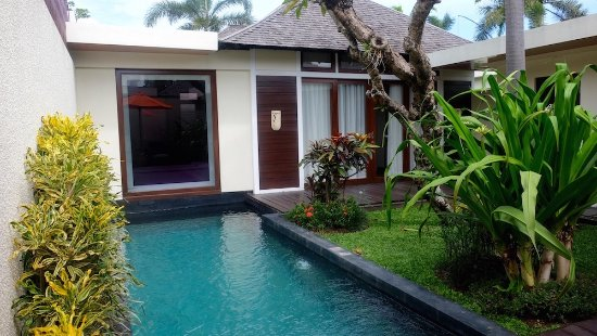 Anantara Vacation Club Bali Seminyak: Another shot of the front of my villa