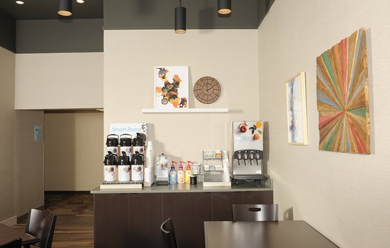 Okemos, MI: Our newly renovated breakfast lounge
