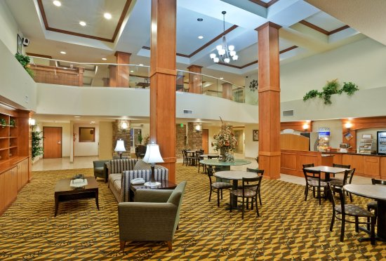 Holiday Inn Express & Suites Nampa at the Idaho Center: Breakfast Area