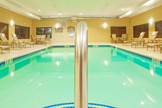 Chestertown, MD: Take a dip in our heated pool after a long day of work