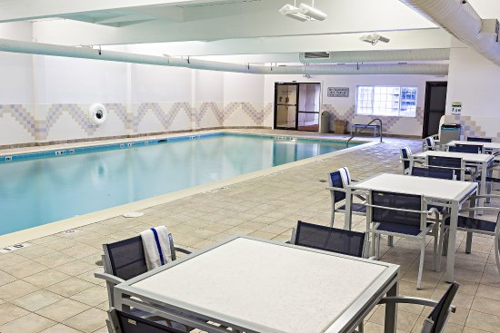 Springfield, VT: Heated Saltwater Swimming Pool