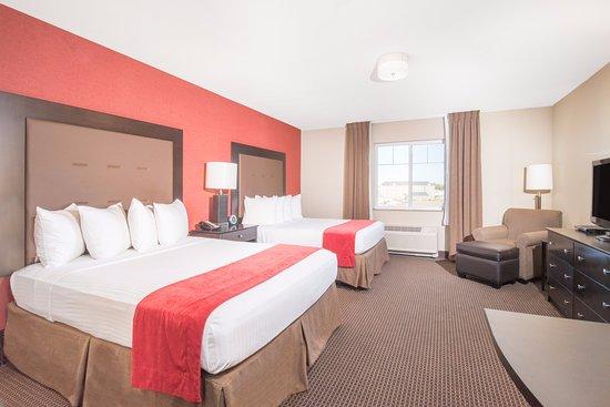 Williston, North Dakota: Two King Beds