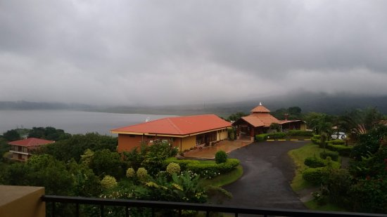 El Castillo, Costa Rica: From our room you can see the restaurant and lobby as well as the lake and on a clear day the vo