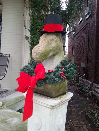Old Louisville: One of hundreds of fun details at Holiday times