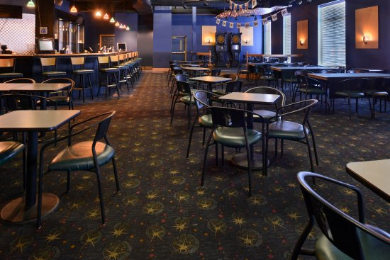 Collinsville, VA: Bar/Lounge