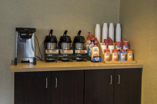 Fairmont, فرجينيا الغربية: Coffee Area