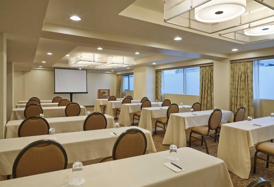 Novi, MI : Meeting Space