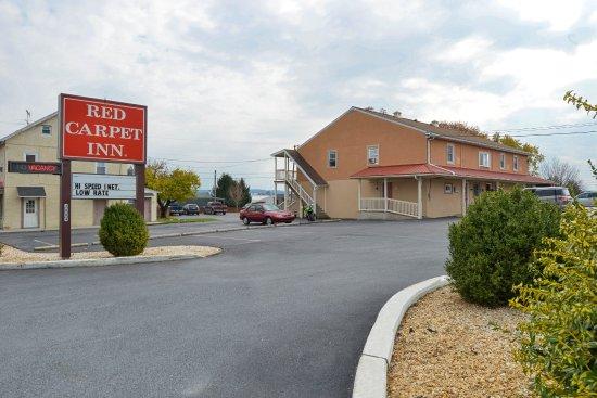Red Carpet Inn (2884 Lincoln Hwy E )