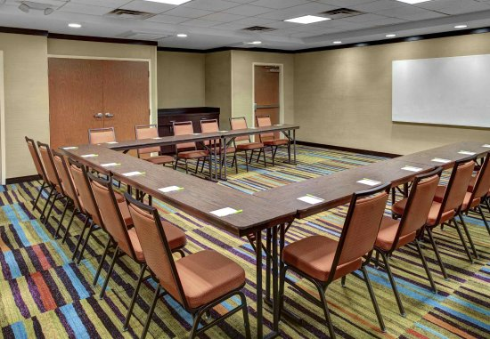 Oxford, AL: Meeting Room - U-Shaped Setup