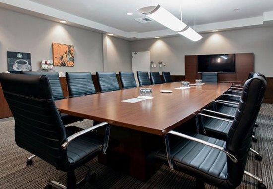 Jonquiere, Canada: Pierre Paul Asselin Boardroom