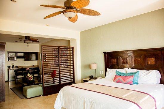 Casa Dorada Los Cabos Resort & Spa: Casa Dorada Junior Suite Bedroom