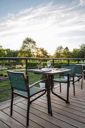 Le Tronchet, France: Terrasse
