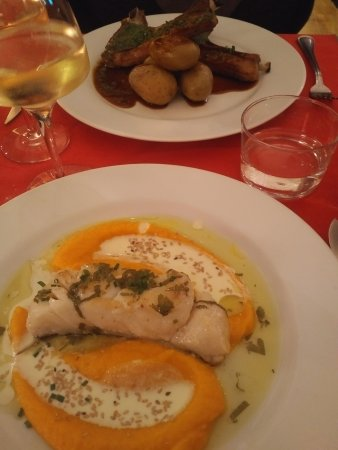 Gargas, Frankrijk: Cod with Citrus & Vegetable Purée; Roasted Lamb