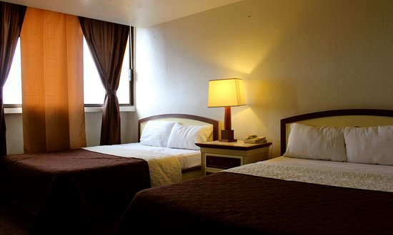 Hotel Corona Plaza Rosarito: HABITACIÓN DOBLE