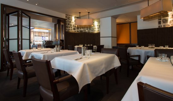 Crowne Plaza London The City Diciannove Italian Restaurant Wine Bar