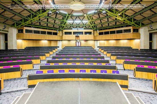 Chipping Norton, UK: Auditorium