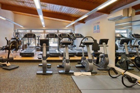 Chipping Norton, UK: Spacious gym with plenty of equipment