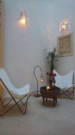 Riad 144 Marrakech: Juste au top ! Tant le Riad que l accueil... j y retournerai c est certain !  Encore merci à Eri