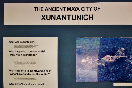 Cayo, Belize: Welcome to Xunatunich