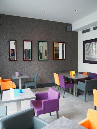 Hotel Porte de Versailles: Dining