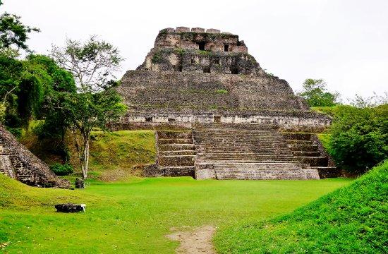 Cayo, Belize: Xunatunich