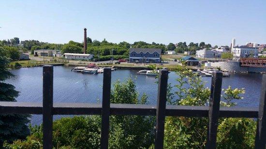 Ogdensburg, NY: Hosmer's Marina & Smuggler's Cafe