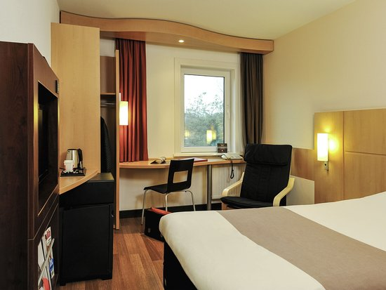 Vlaardingen, The Netherlands: Guest Room