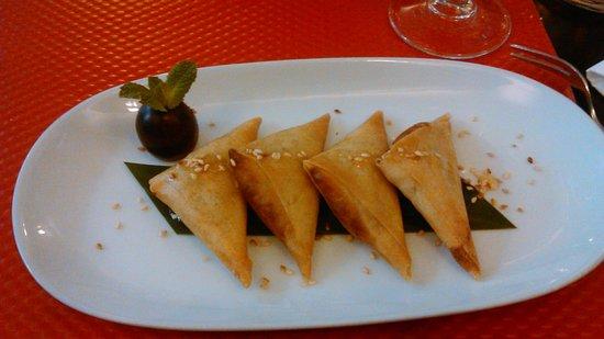 Magokoro: samossa à la banane