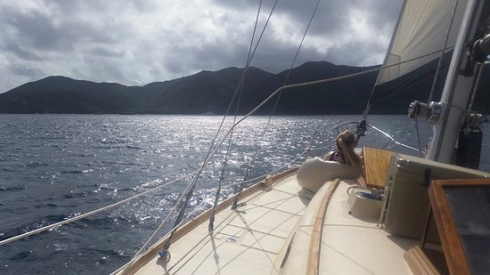 Morningstar Sailing and Power Charters : Boat Day