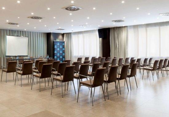 Elda, España: Gran Forum Meeting Room    Theater Setup