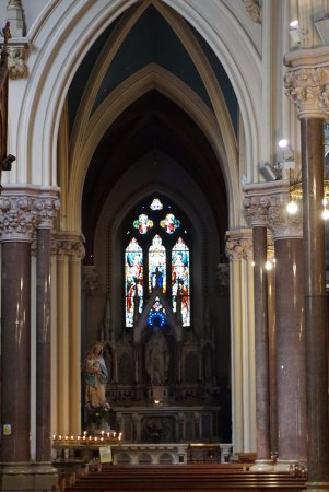St Peter's Church: side altar