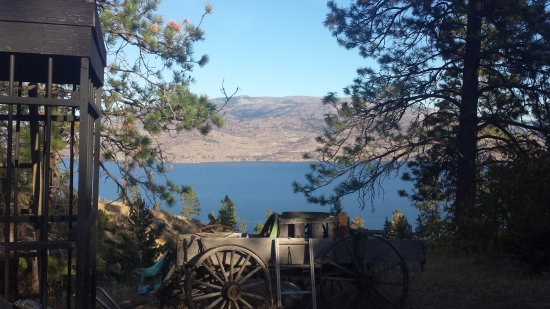 West Kelowna, Canada: A stop Chris thought we would like in Peachland!