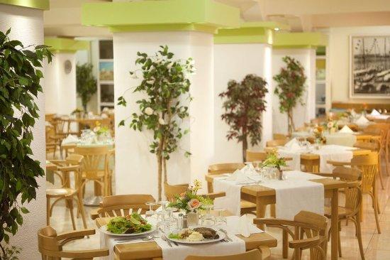 Agla Hotel: Restaurant