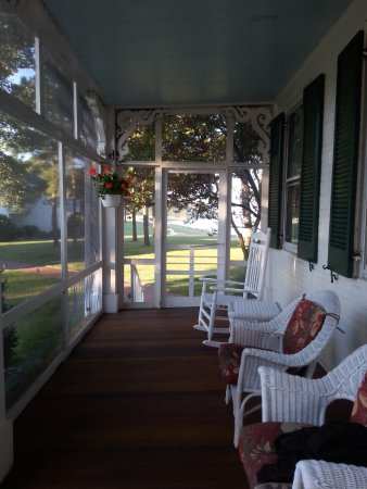 McDaniel, MD: Front porch rocking