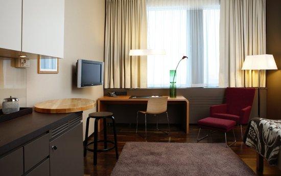 GLO Hotel Sello: GLOKitchenette Room