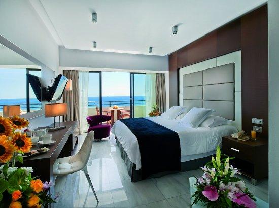 Amathus Beach Hotel Limassol: Amathunta Suite Bed Room